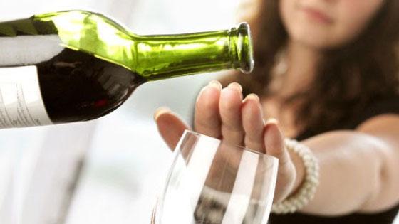 L'alcool, des calories vides qui font prendre du poids