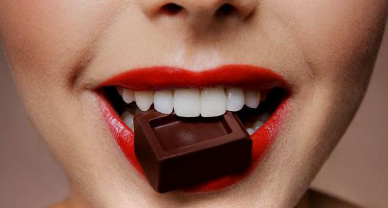 Bon pour le cœur et le moral, aphrodisiaque…  à plus de 500 Kcal les 100 g ! :)