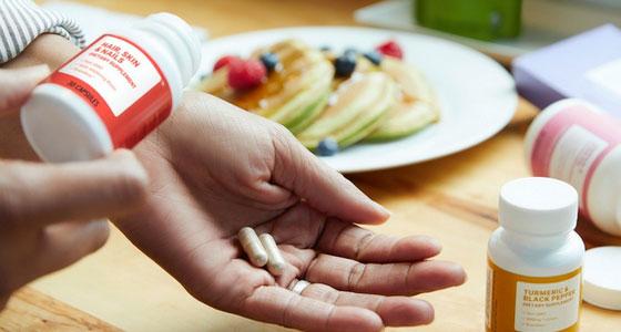 Fatigue, sommeil, stress, bronzage… le marché des compléments alimentaires
