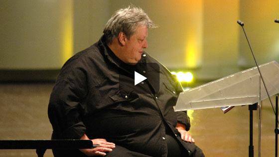 Pour aller à France Inter, j'utilisais le monte charge qui servait pour les pianos...