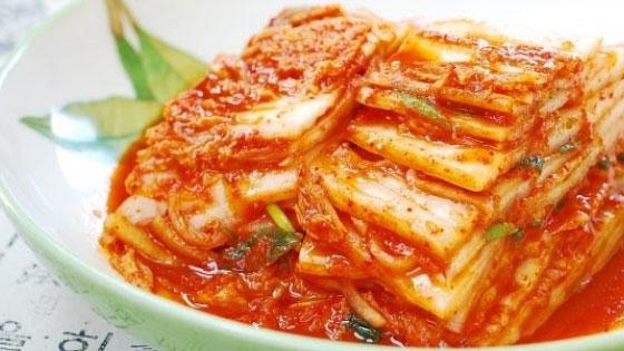Le kimchi : du chou coréen fermenté, excellente source de probiotiques