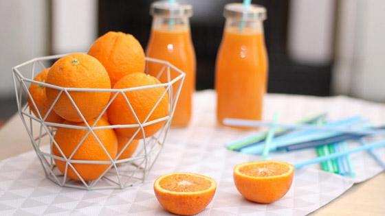 Les vertus santé du jus d'orange ? Seulement s'il est fait maison !