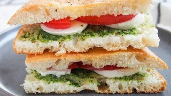 Un petit sandwich pour faire un déjeuner léger ?